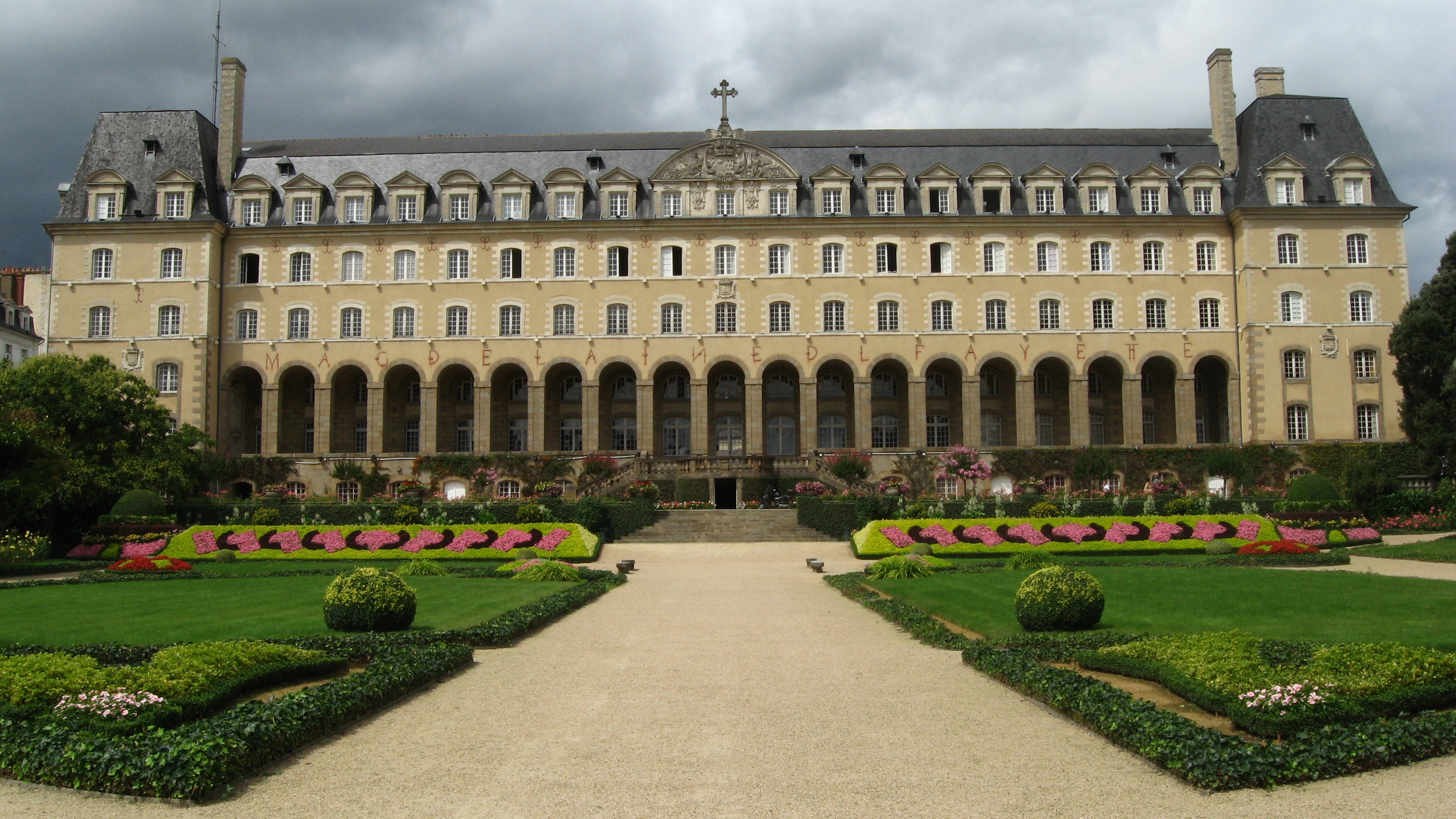 palais-saint-georges-rennes-ille-et-vilaine-bretagne