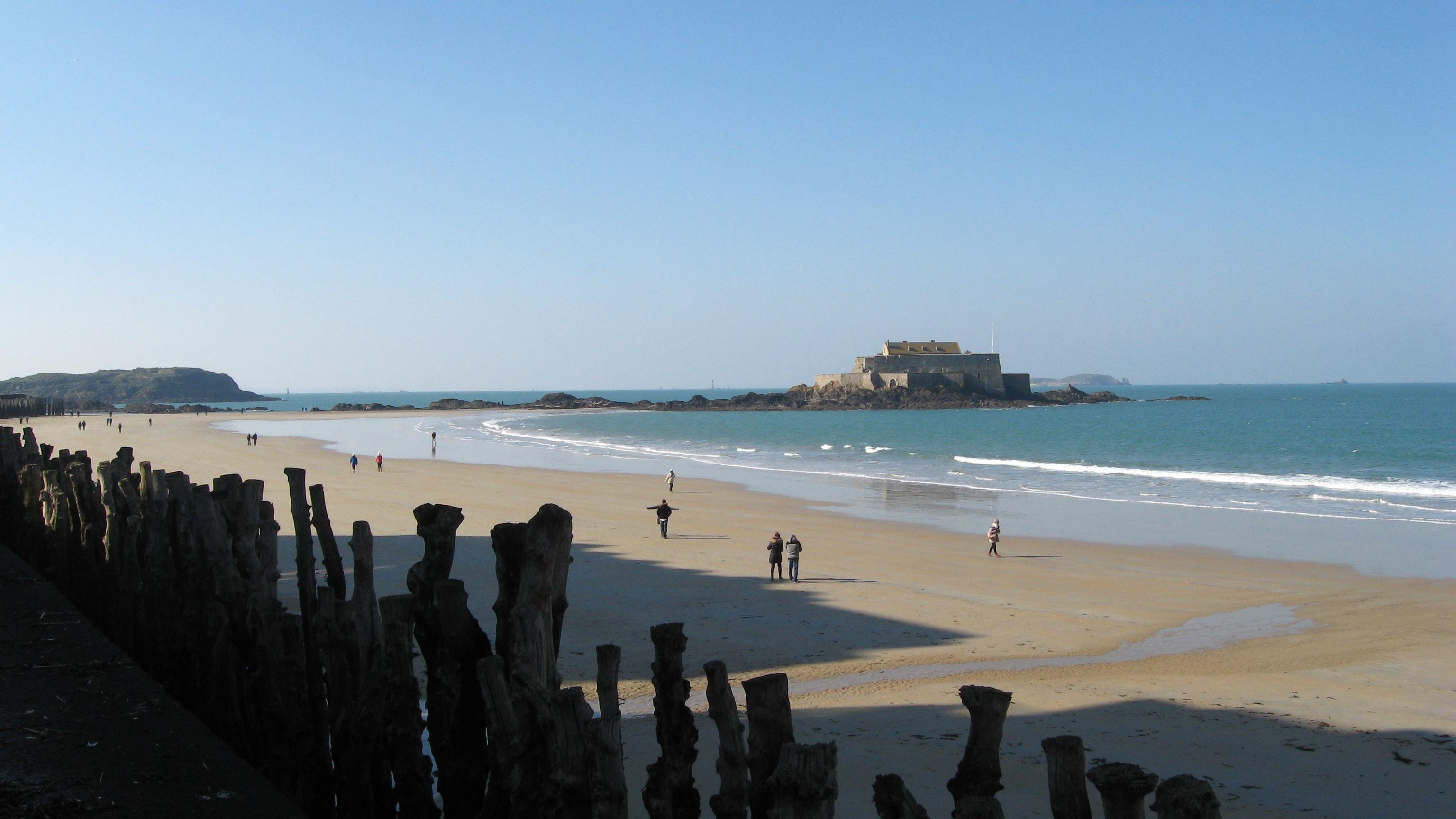 grande-plage-fort-saint-malo-ille-et-vilaine-bretagne